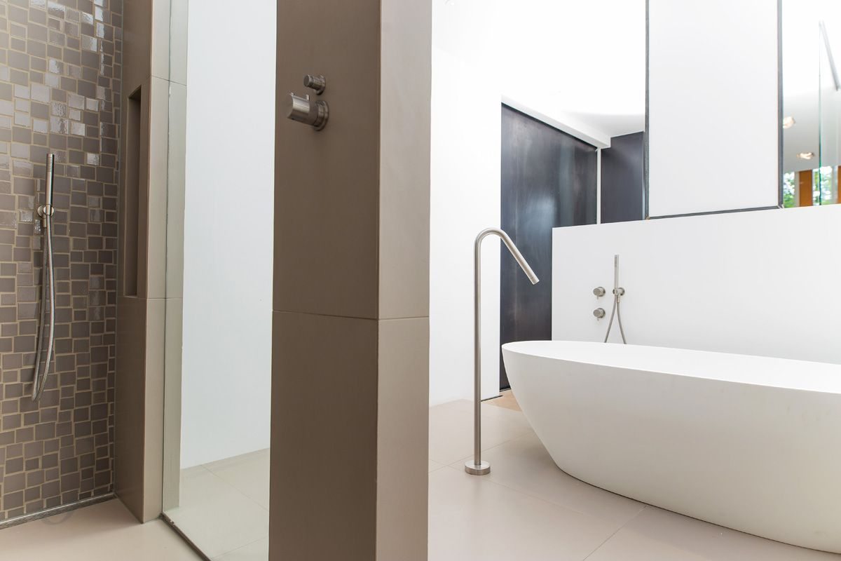 Modern bathroom design modern bathroom design bathroom designs