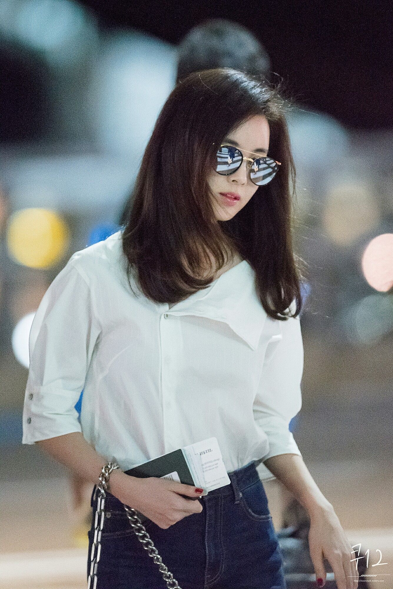Seohyun to Hawai Airport style