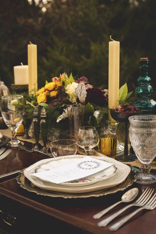 Vintage fall table decor | CiogiArt Lifestyles Photography