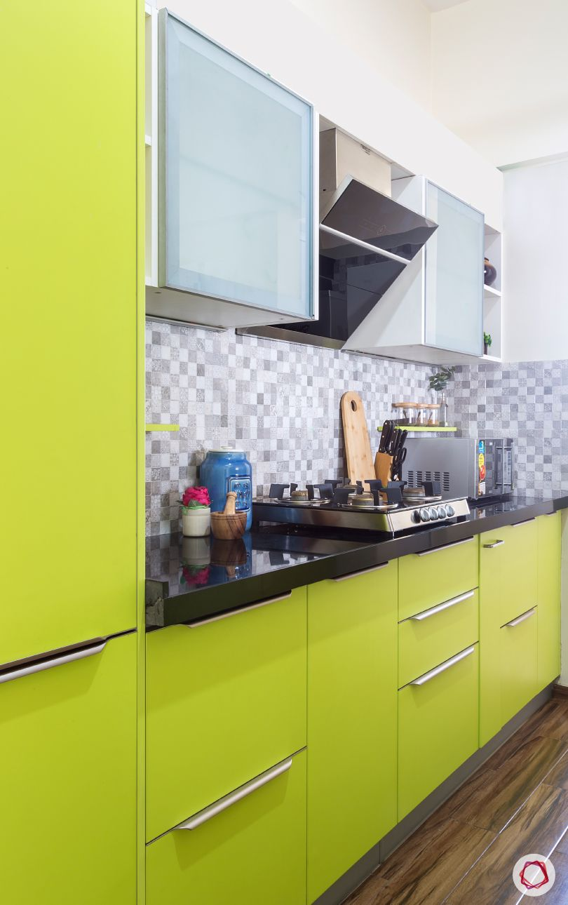 Compact Kitchen Made Inviting Functional Simple Kitchen Design Kitchen Design Small Simple Kitchen