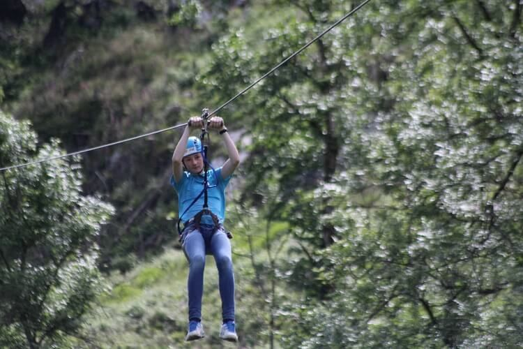 How to Build a Zipline in Your Backyard in 5 Easy Steps in ...