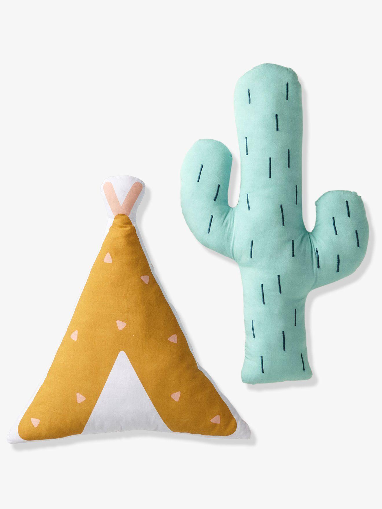 Wunderbar Eine Schöne Dekoration Für Das Kinderzimmer: 2 Kuschelige Kissen, Ein  Kaktus Und Ein Tipi