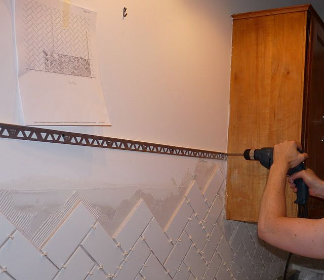 Dans Le Lakehouse Finishing Tile With Metal Edging Metal Edging Tile Edge Metallic Backsplash