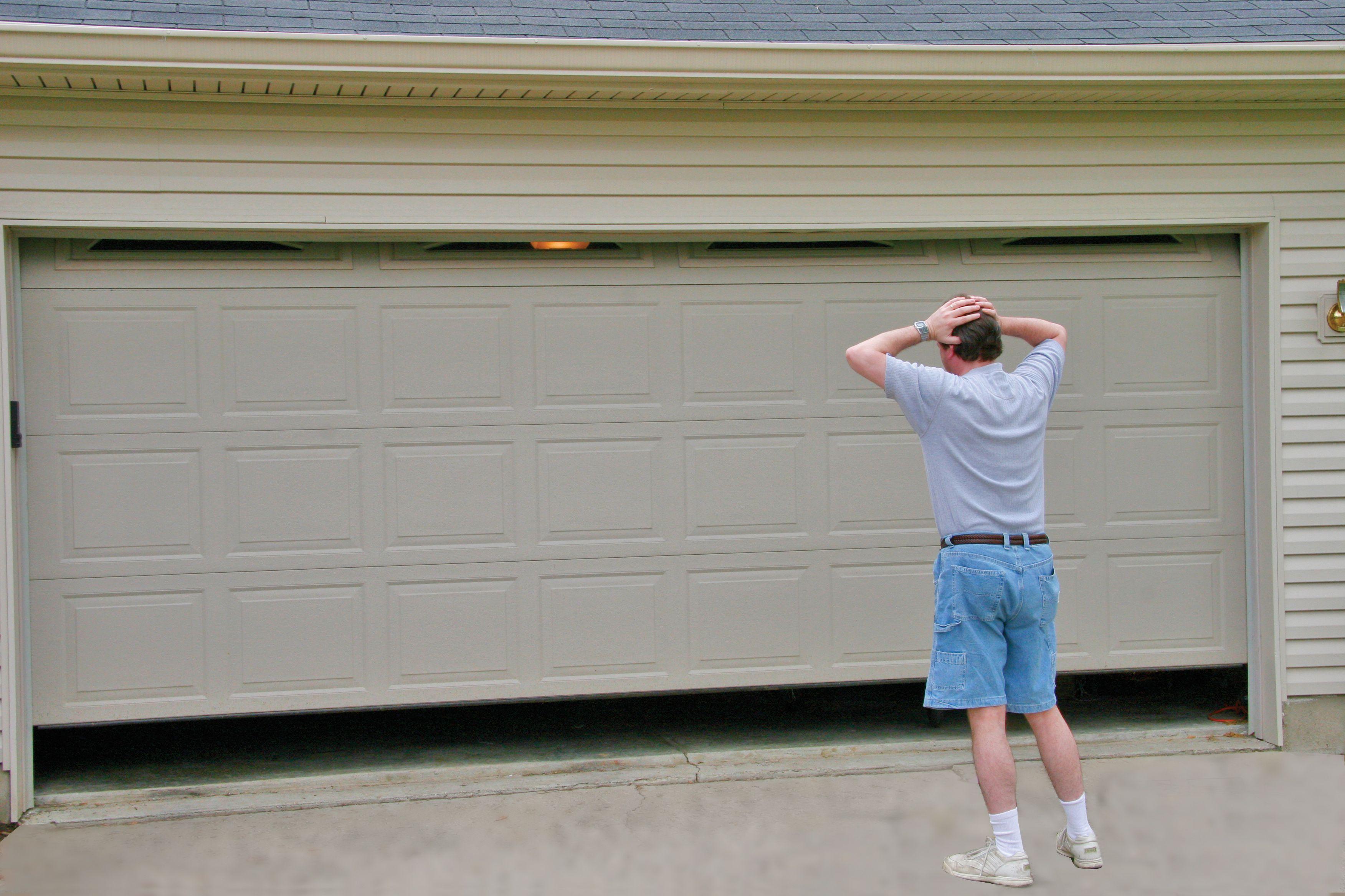 Top 4 Garage Door Opener Questions That Every Garage Home Owner