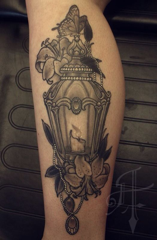 Old Fashioned Lamp Style Tattoo