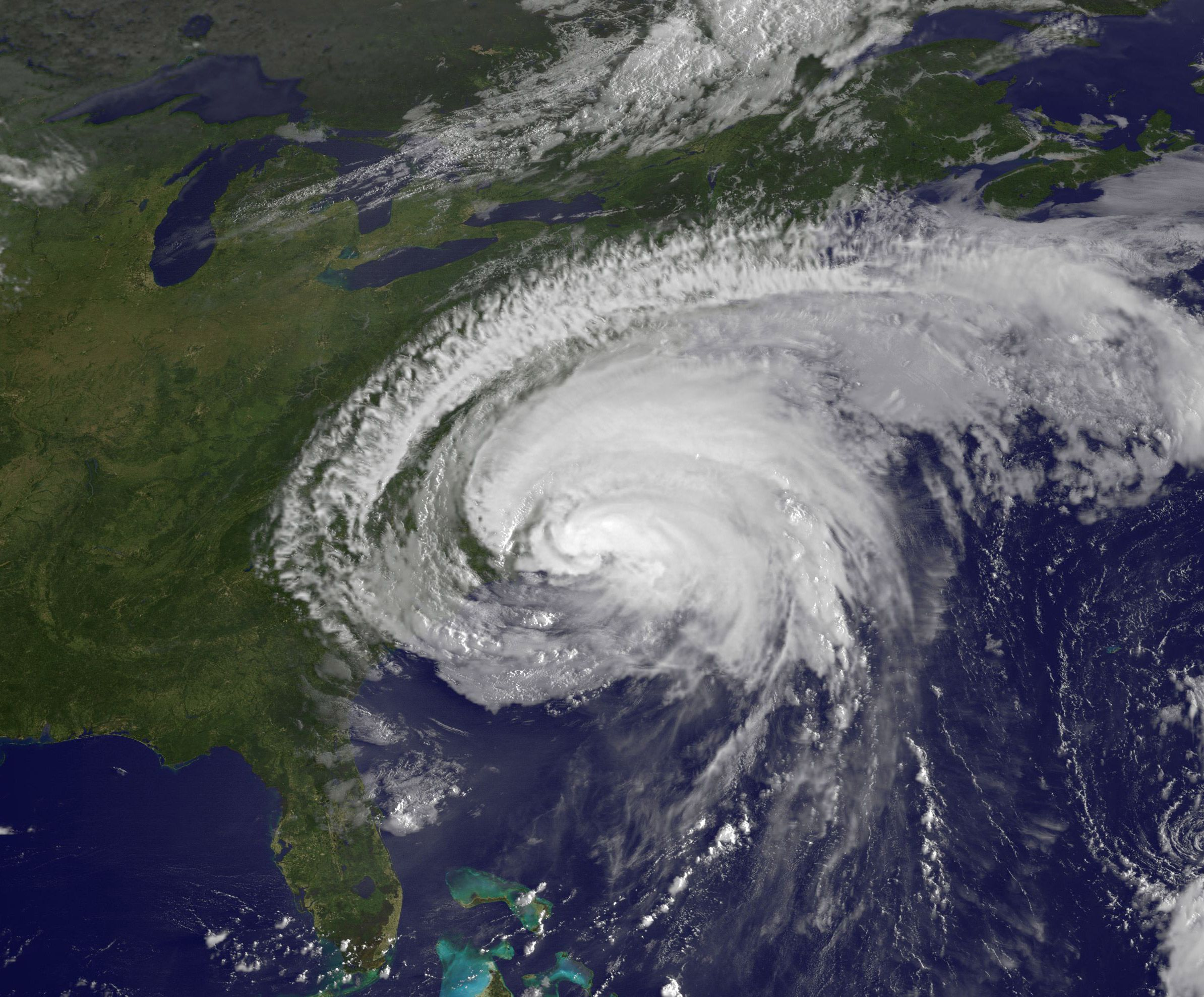 Hurricane Irene Nasa Posts Dramatic Full Earth View Updated Scenic Views Hurricane Irene Scenic