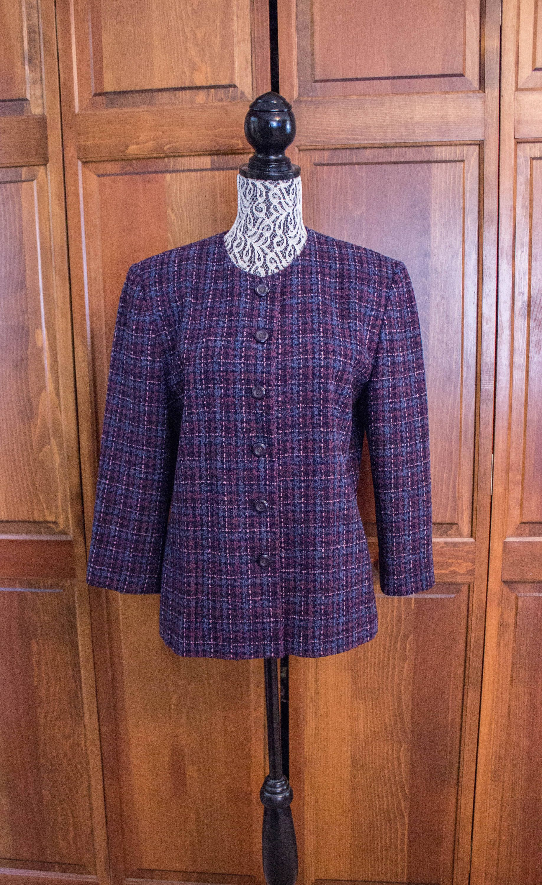 9185eeef9 Vintage Pendleton Women's Purple and Blue Wool Blazer- Size 10 by  JenuineCollection on Etsy
