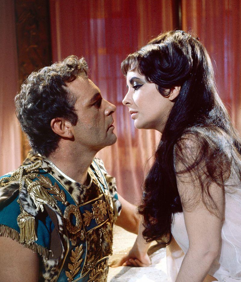 Cleopatra y Marco Antonio, una historia de amor marcada por la ...