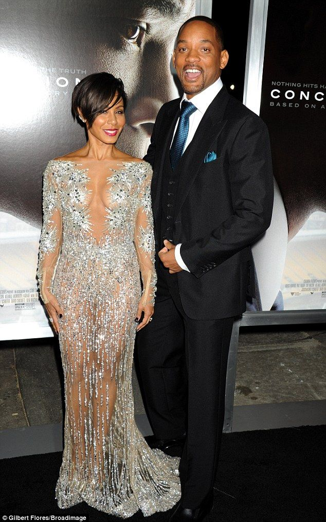 No wonder he loves her! The 44-year-old flashed plenty of flesh as she joined Will Smith, ...