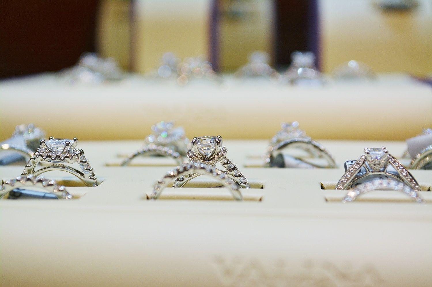 #WeddingRings #WeddingRing #BridalRings #BridalRing #Rings #DiamondRings #DiamondRing
