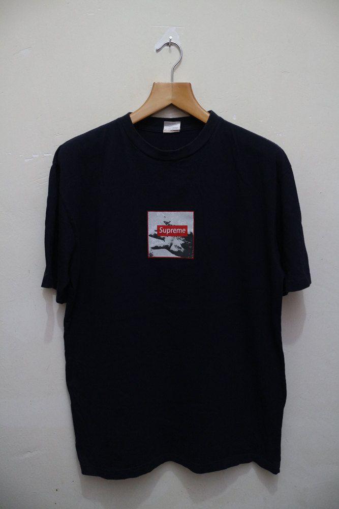 c251cb655d52 Vintage SUPREME Box Logo Paisley Og Nyc New York Swag Black T shirt Hip Hop  Rap Size M by VintageClothingMall on Etsy