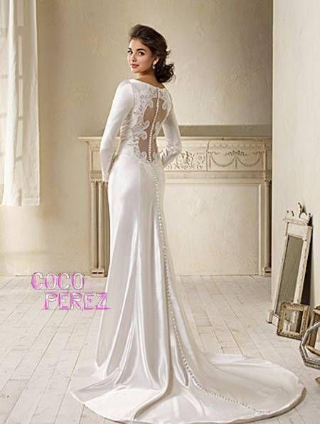 0b5c2c37368 Carolina Herrera - designer of Breaking Dawn gown. beautiful weeding dress  Perfect Wedding ...
