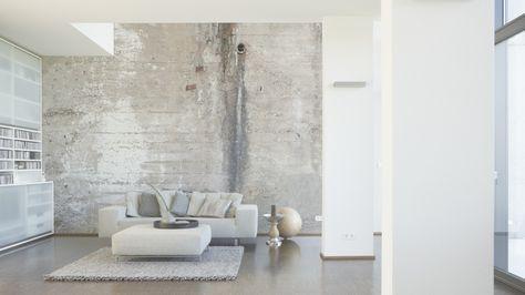 Tapeten im Wohnzimmer; Architects Paper Fototapete «Alte Betonwand - wandgestaltung wohnzimmer braun grau