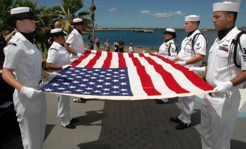 The Meaning And History Of The American Flag And Why We Honor It American Flag Meaning Old American Flag American Flag