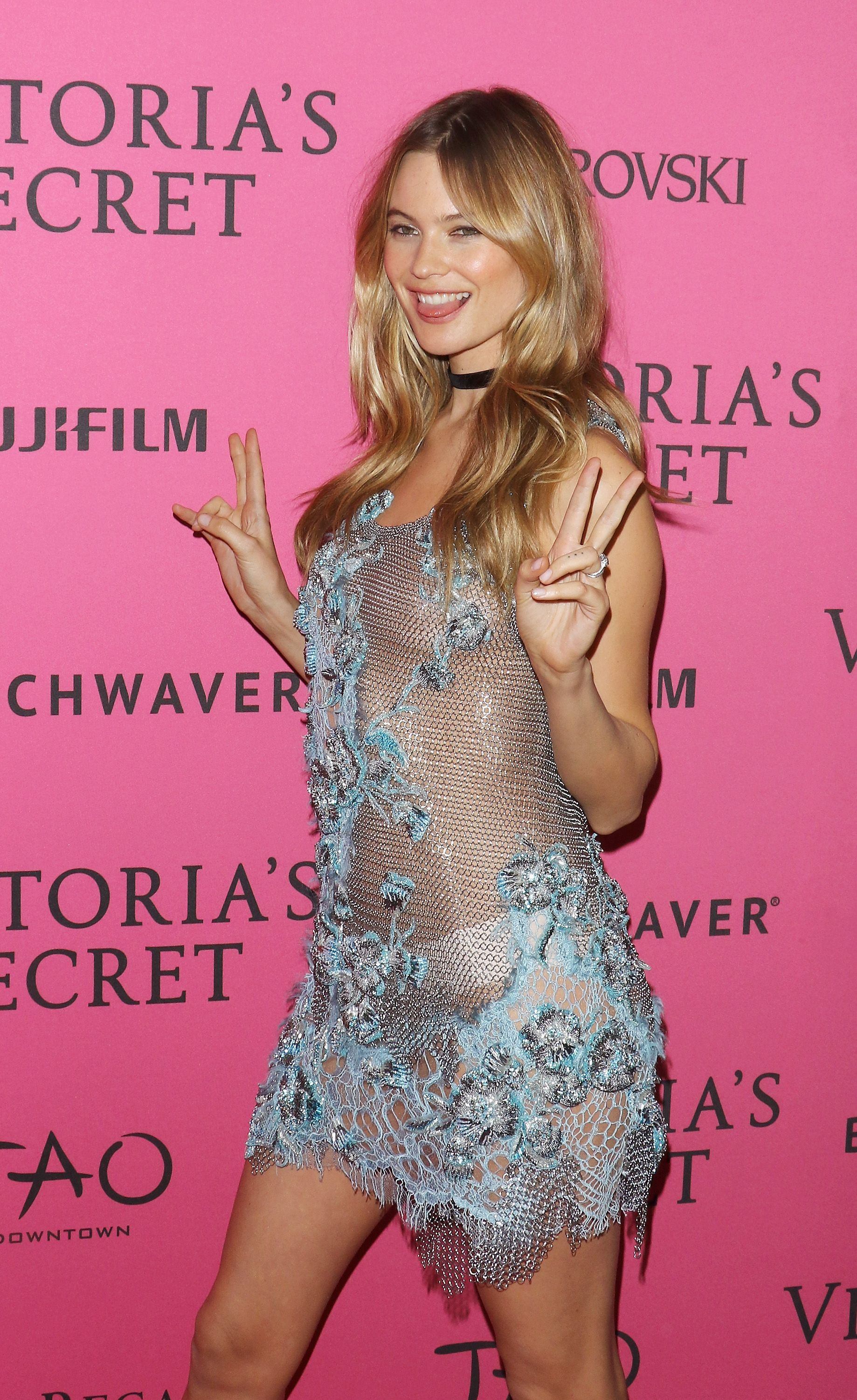 19 women who went braless at the victoria's secret fashion show