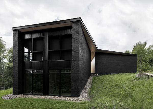 Black Painted Brick House By Canadian Architect Alain Carle Photo Adrien Williams Via