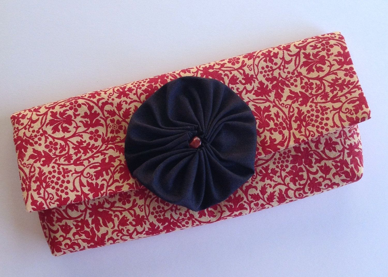 Red Black Holiday Cash Wallet // Errand Clutch. $12.00, via Etsy.