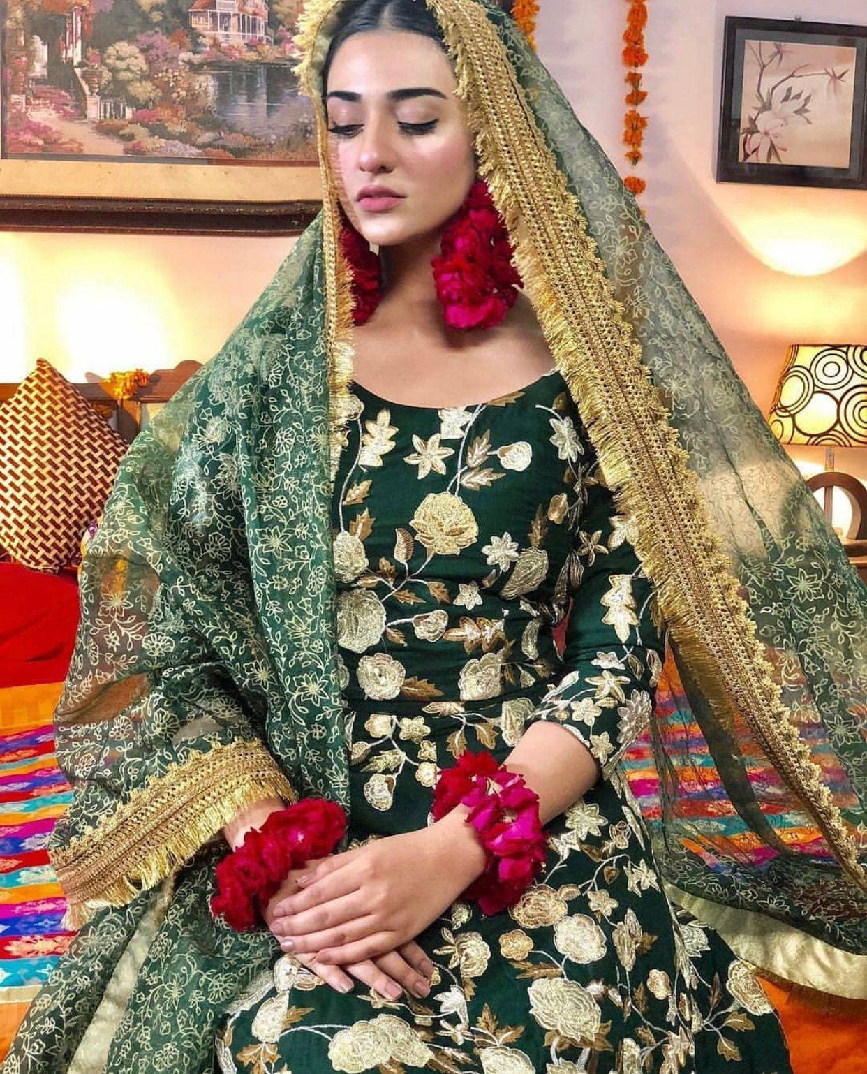 Pin By Samreet Gill On Weddings Lyi