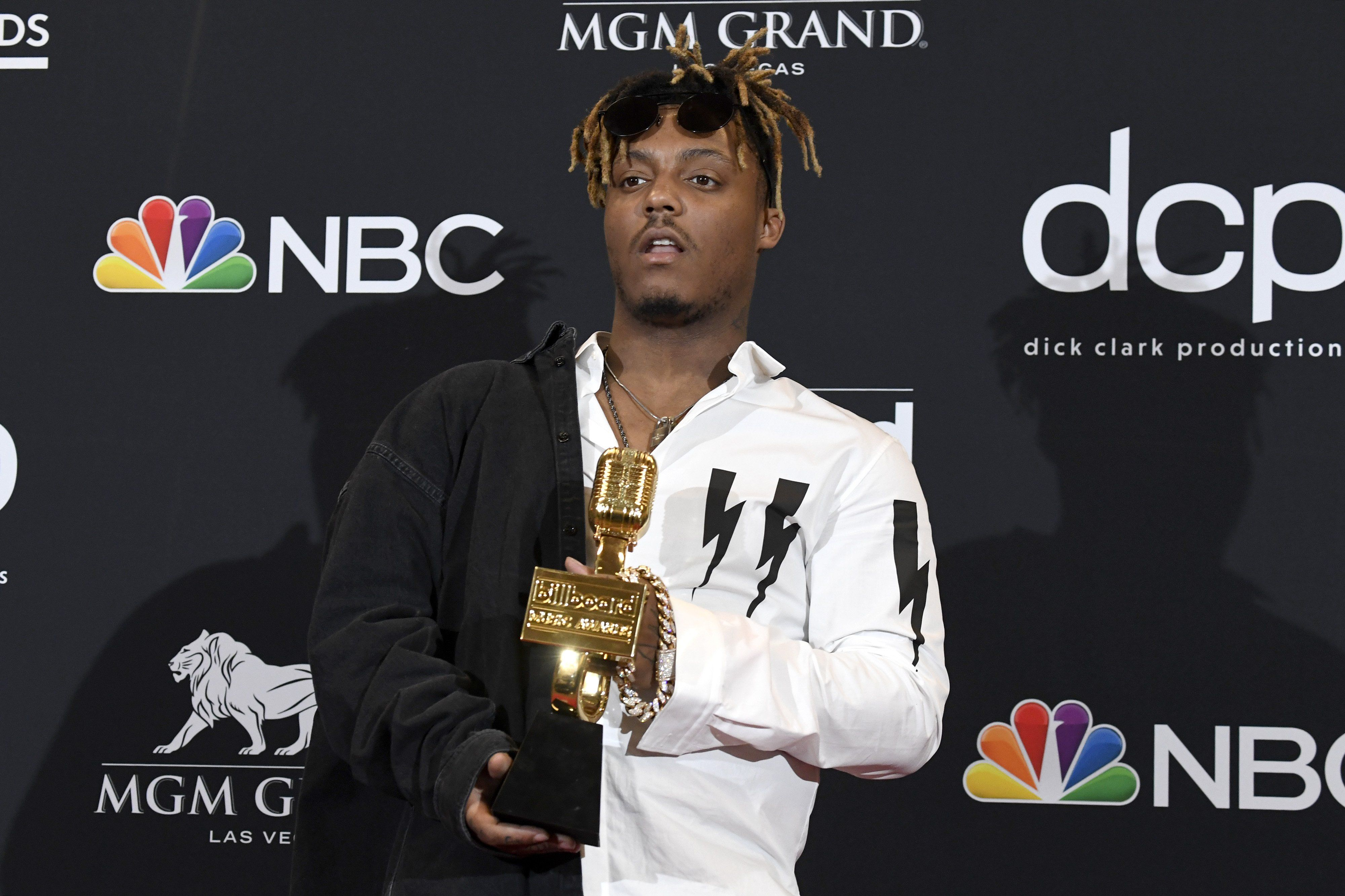 Reports Chicago rapper Juice WRLD dies after suffering