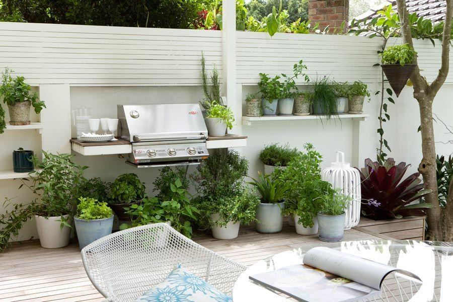 Dos Jardines Pequeos Y Modernos Con Pileta Dentro Diseno De Jardines - Jardines-pequeos-modernos