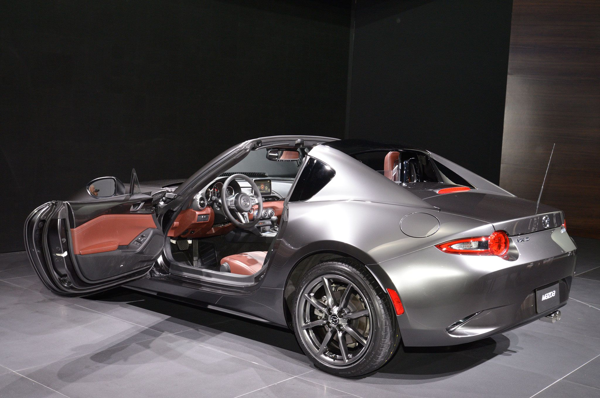 5 Coolest Things About The 2017 Mazda Mx 5 Miata Rf Mazda Mazda