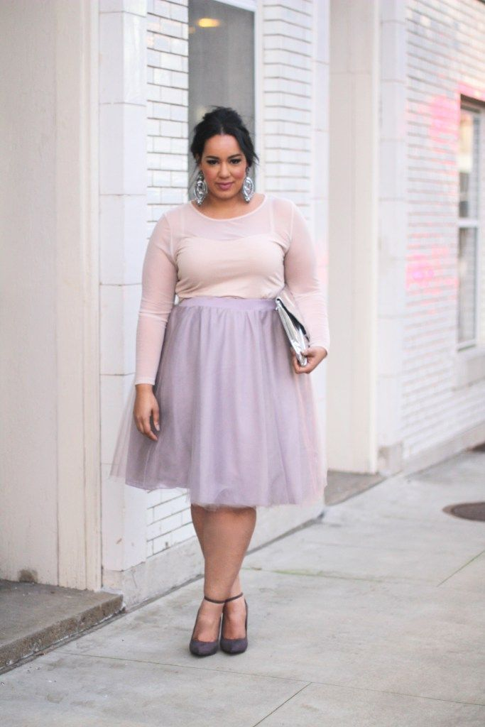 cc86f996f87 Plus Size Tulle skirt and blush sweater - Beauticurve. For more inbetweenie  and plus size style ideas