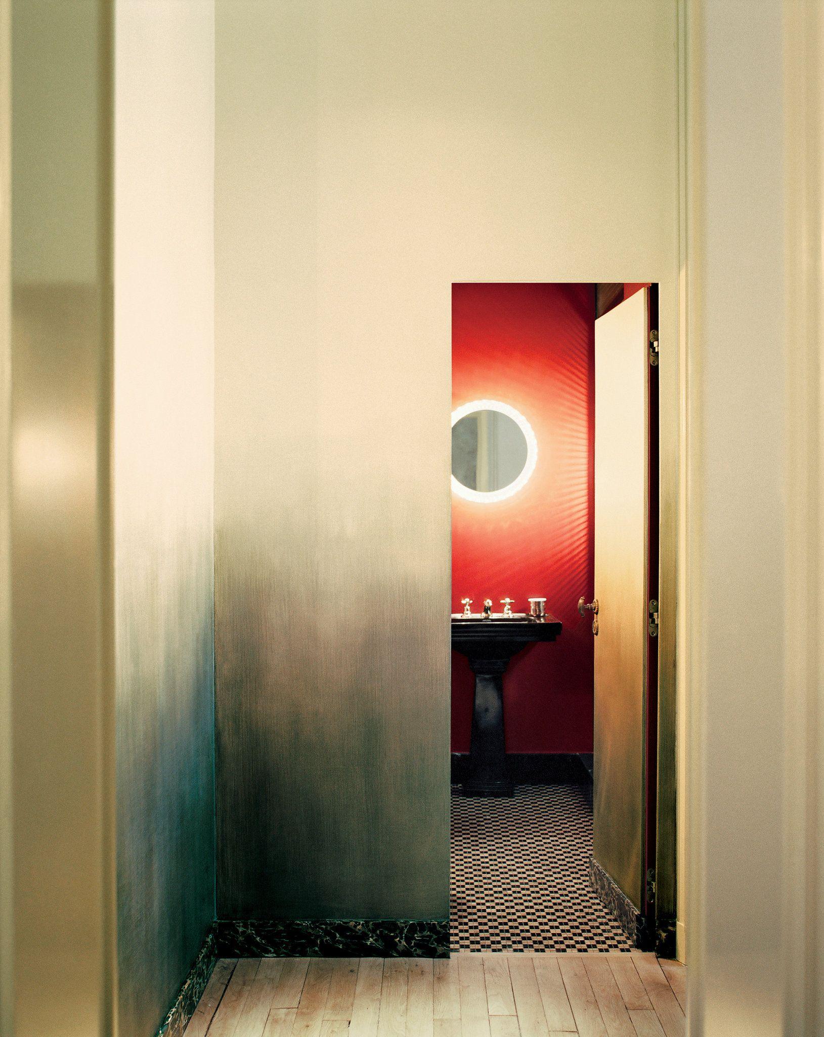 les 25 meilleures id es de la cat gorie studio paris sur pinterest chambre de studio lit. Black Bedroom Furniture Sets. Home Design Ideas