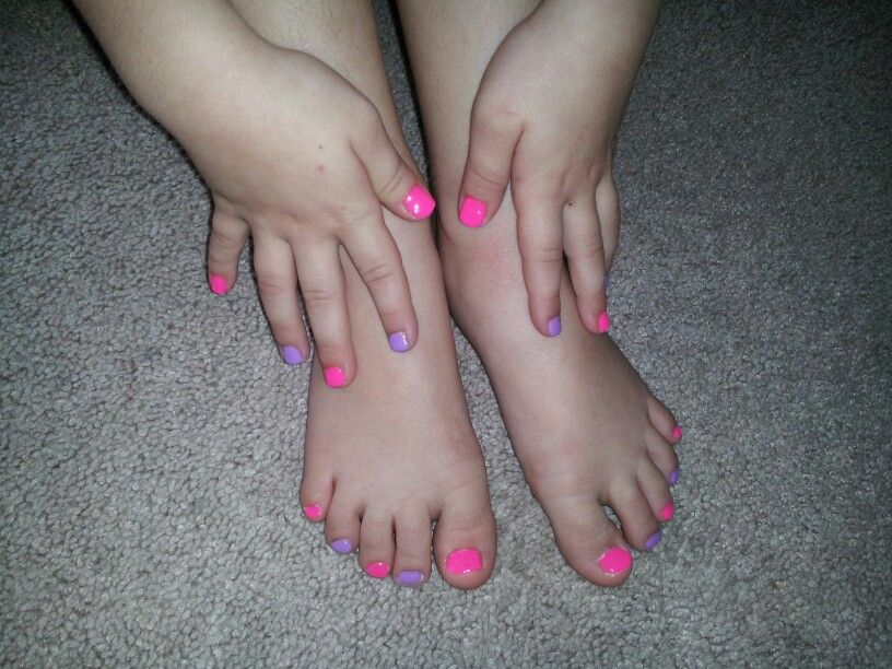 Toes and nails for young girls. #toes #nails #pink #purple ...