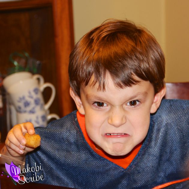 The things we do to Keep em Happy! #FarmRichSnacks #sponsored My son loves to play the silly face game