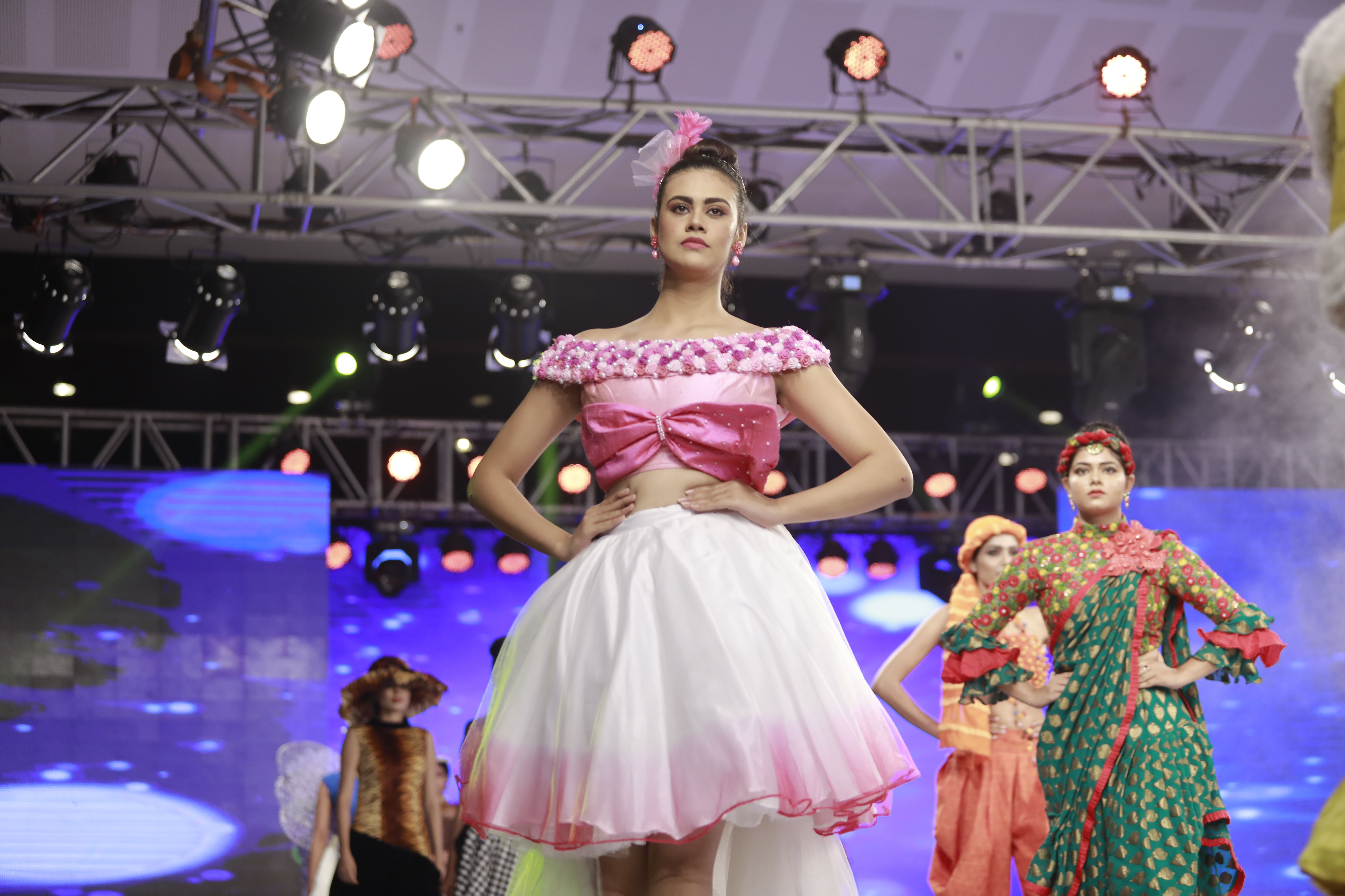 Best Fashion Designing Institute In Kochi Fashion Designing Institute Fashion Fashion Design