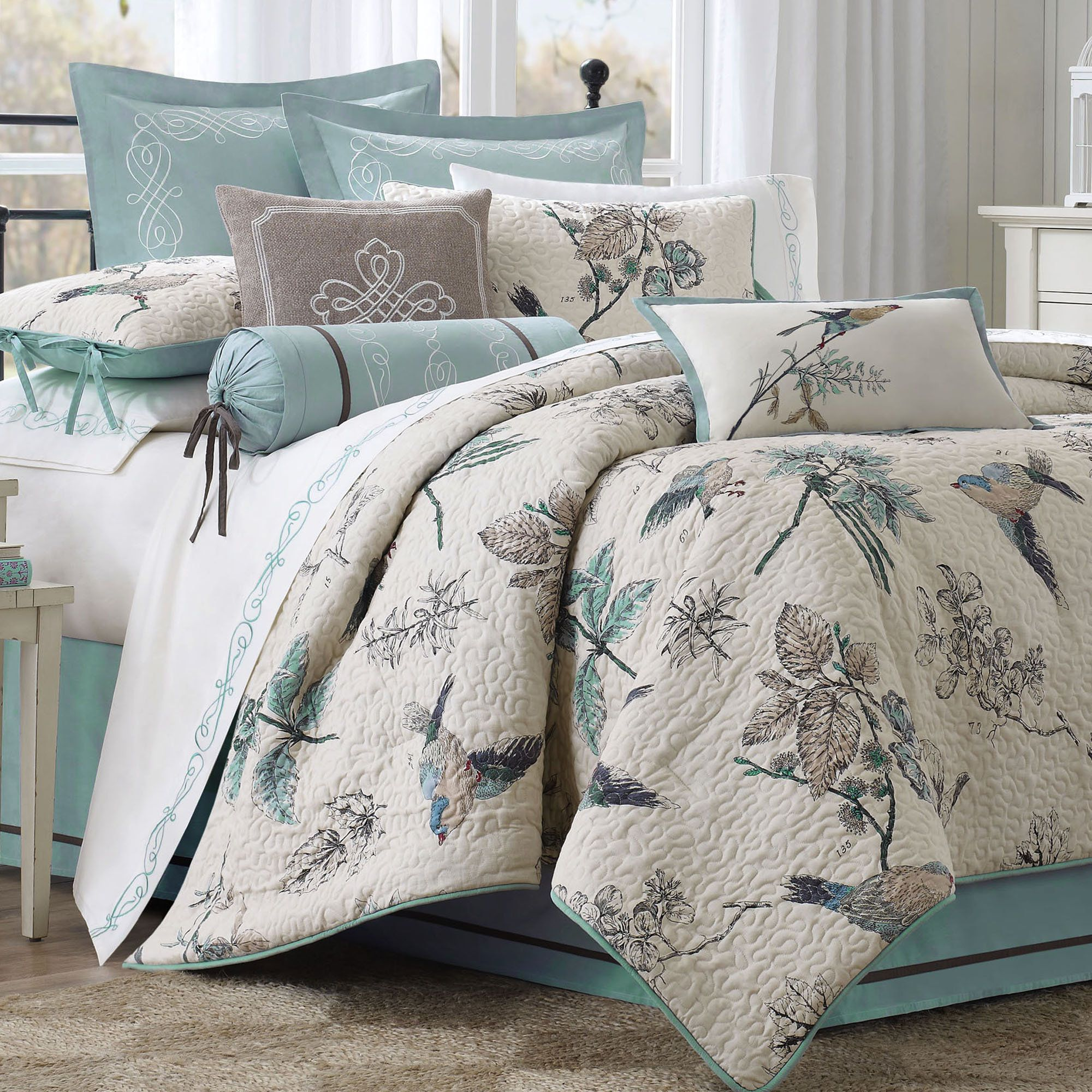 Pyrenees Bird And Leaf Quilted Comforter Bedding
