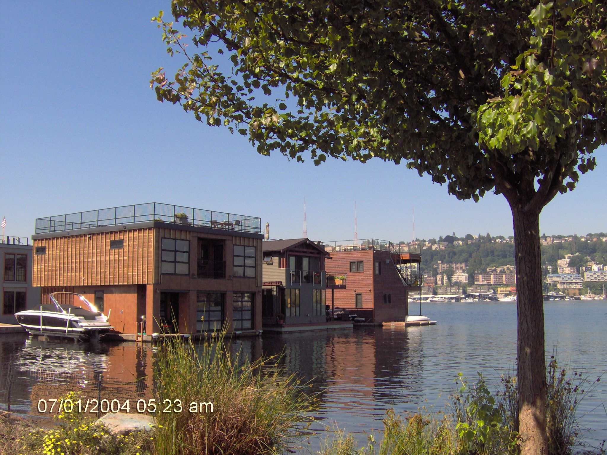 Houseboats In Seattle 5 Ways To Ensure An Enjoyable Houseboats Cruises On River House