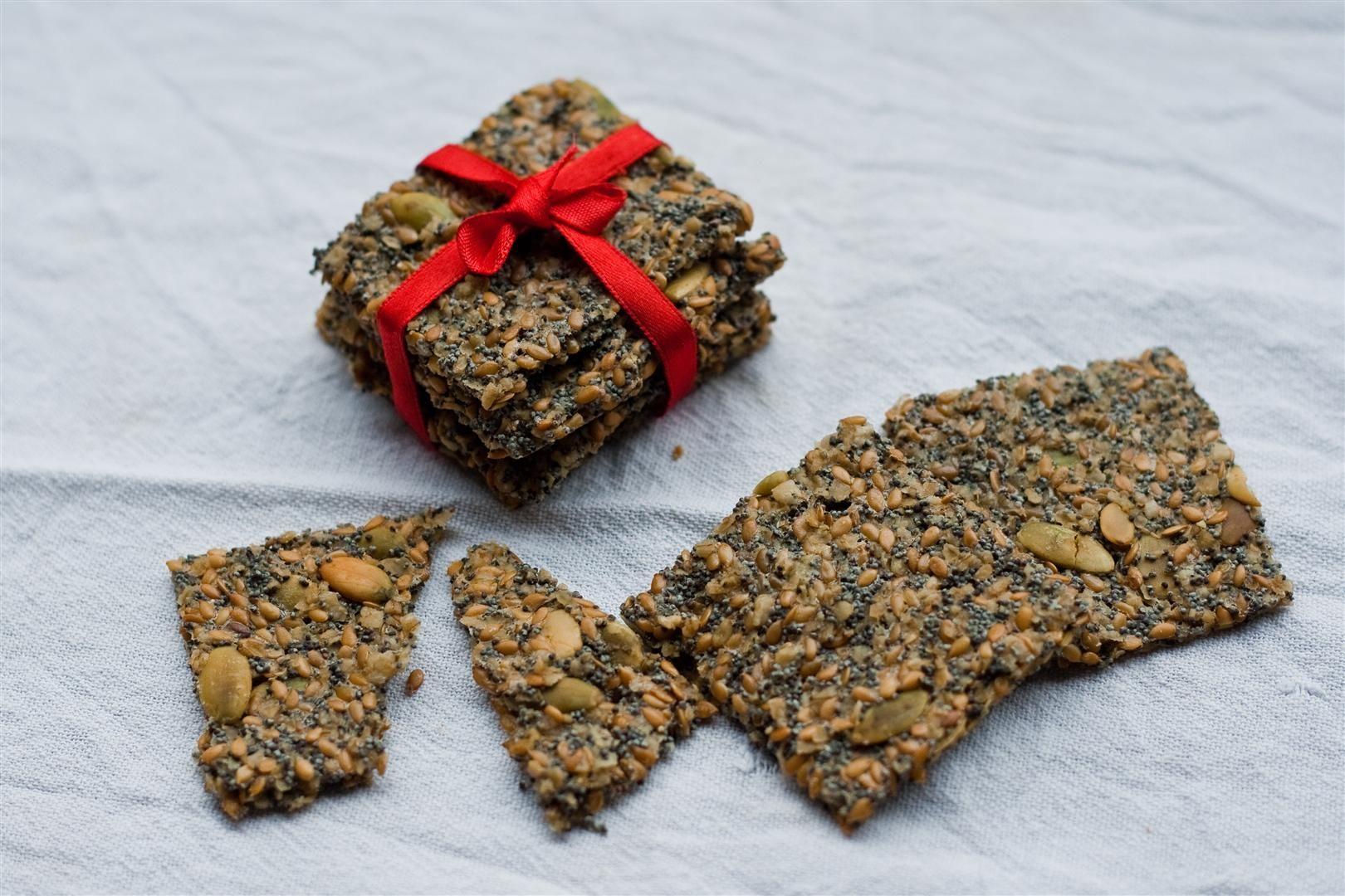 Knäckebröd (soaked gluten free seed cracker)