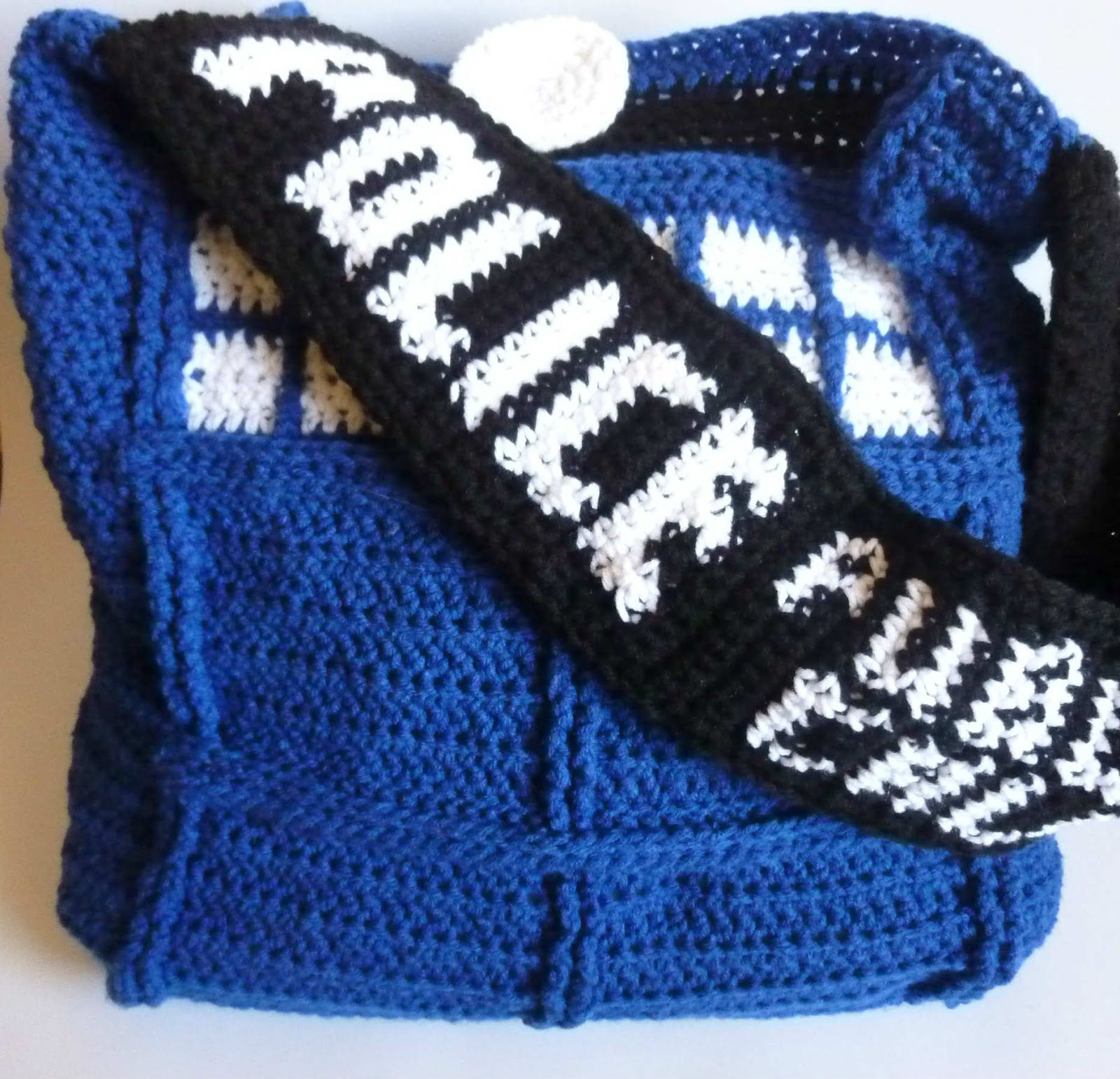 Tardis Bag Knitting Pattern : Crochet Dynamite: The Tardis Bag - A love story in 3 parts http://www.crochet...