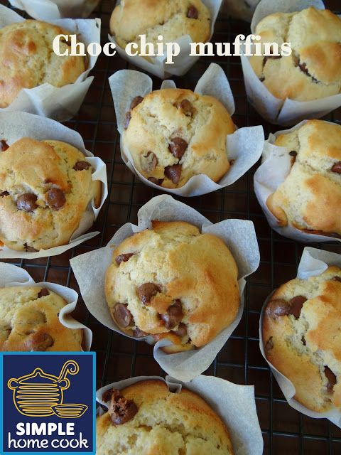 Simple home cook: Choc chip muffins