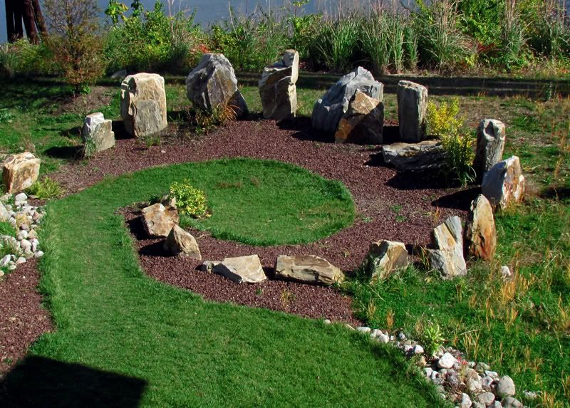Baby Stonehenge Backyard Garden Inspiration Dream Garden