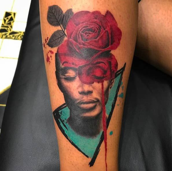 This abstract portrait that proves complementary colors look amazing on skin.