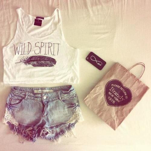Summer outfit Brandy Melvile