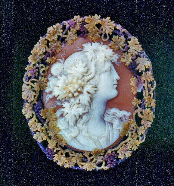 Antique cameo, set in 14k gold