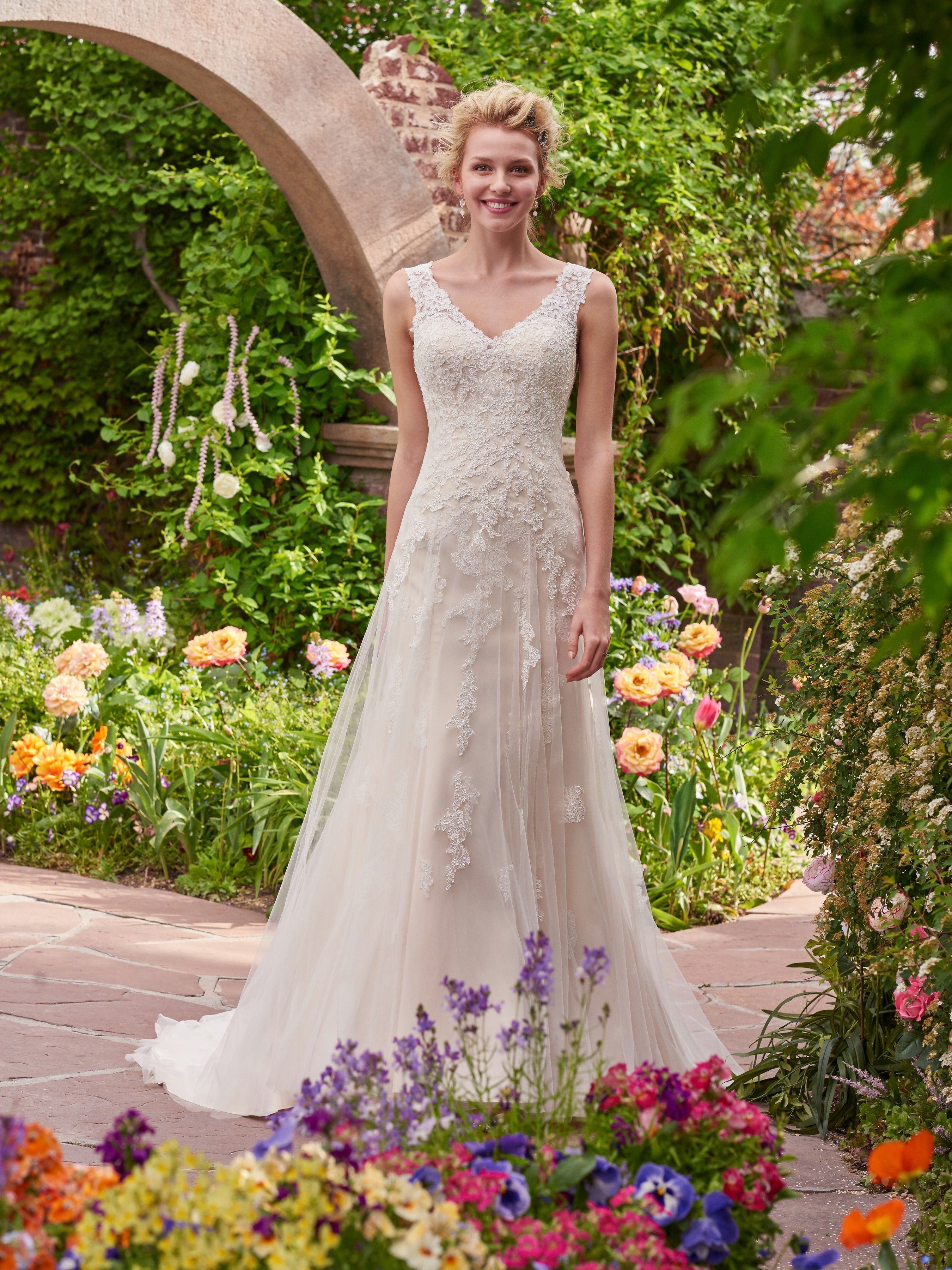 Simple lace dress styles  Wedding Dresses Bridesmaid Dresses Prom Dresses and Bridal Dresses