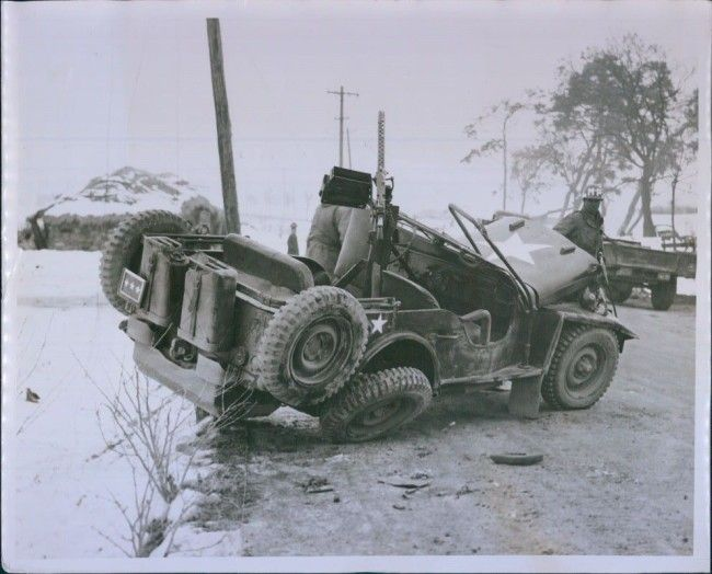 1941-01-21, Gen. Ted Walker killed in accident. | WWII Jeeps | Jeep on