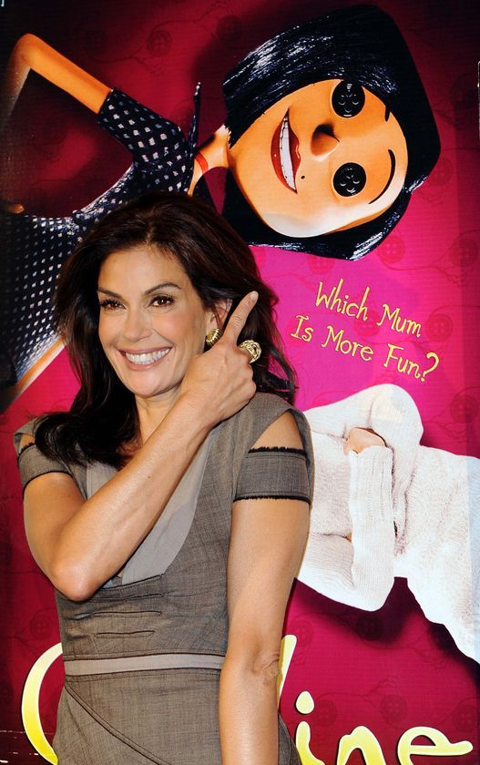 Teri Hatcher And The Other Mother Coraline Premiere 2009 Teri Hatcher Superman Other Mothers