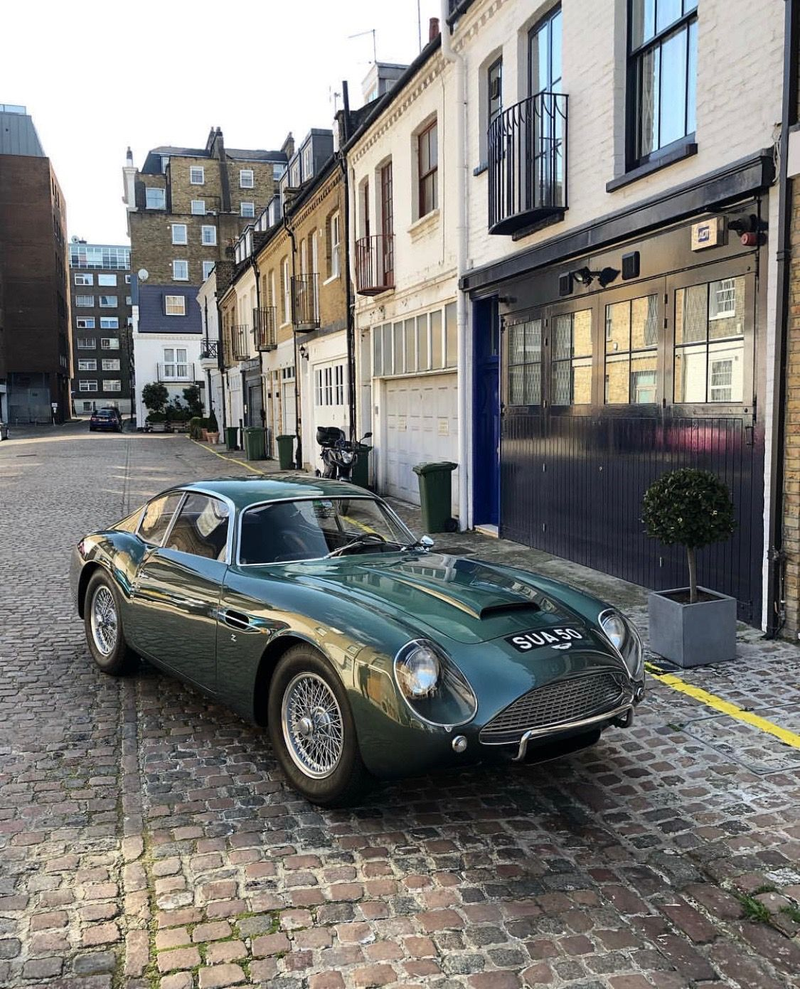 Aston Martin Lagonda: Aston Martin Cars By Pete Maxted On Cars I Should Own