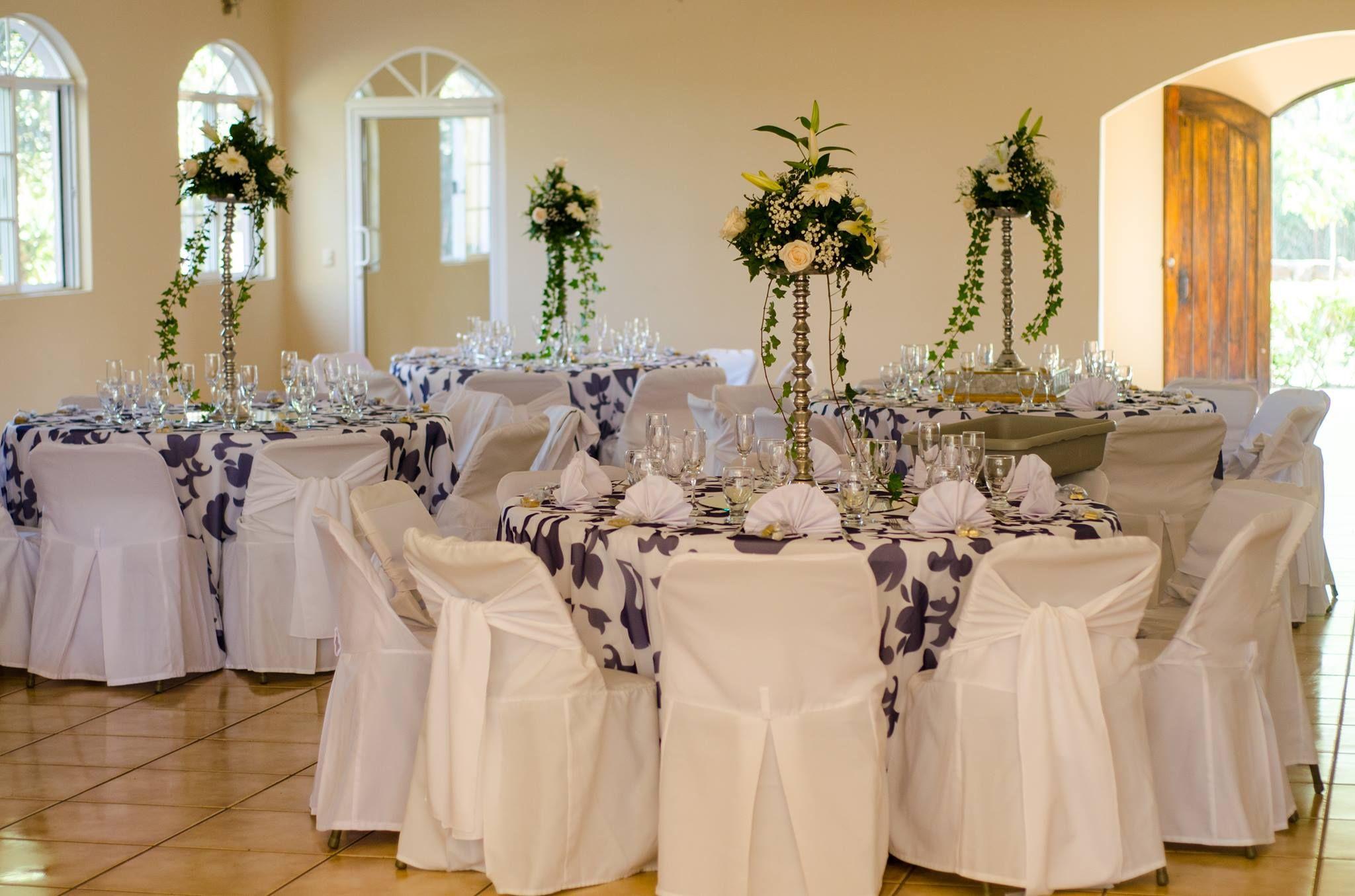 Elegante centro de mesas para bodas, Llámanos al 2211-8532