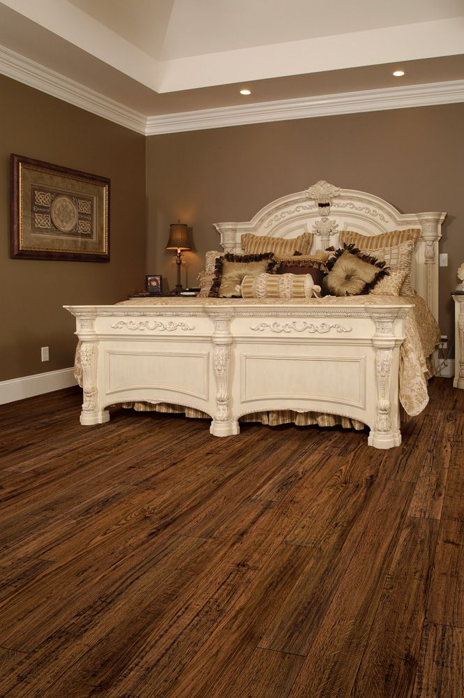 Love This Laminant Flooring By Toklo In Bayou Oak Lovely Laminate Floors Saw Similar Ones At Http Www Simiflooring Com Home Bedroom Home Home Decor