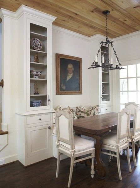 Love The Ceiling And Built Ins With Bench Seat In Between Dining Room Small Dining Nook