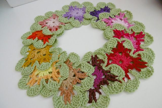 Susan Pinner: CROCHET: 12 colours of Amelia