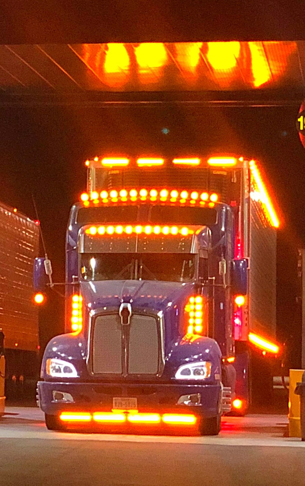 Kenworth With Chicken Lights And Chrome Big Rig Trucks