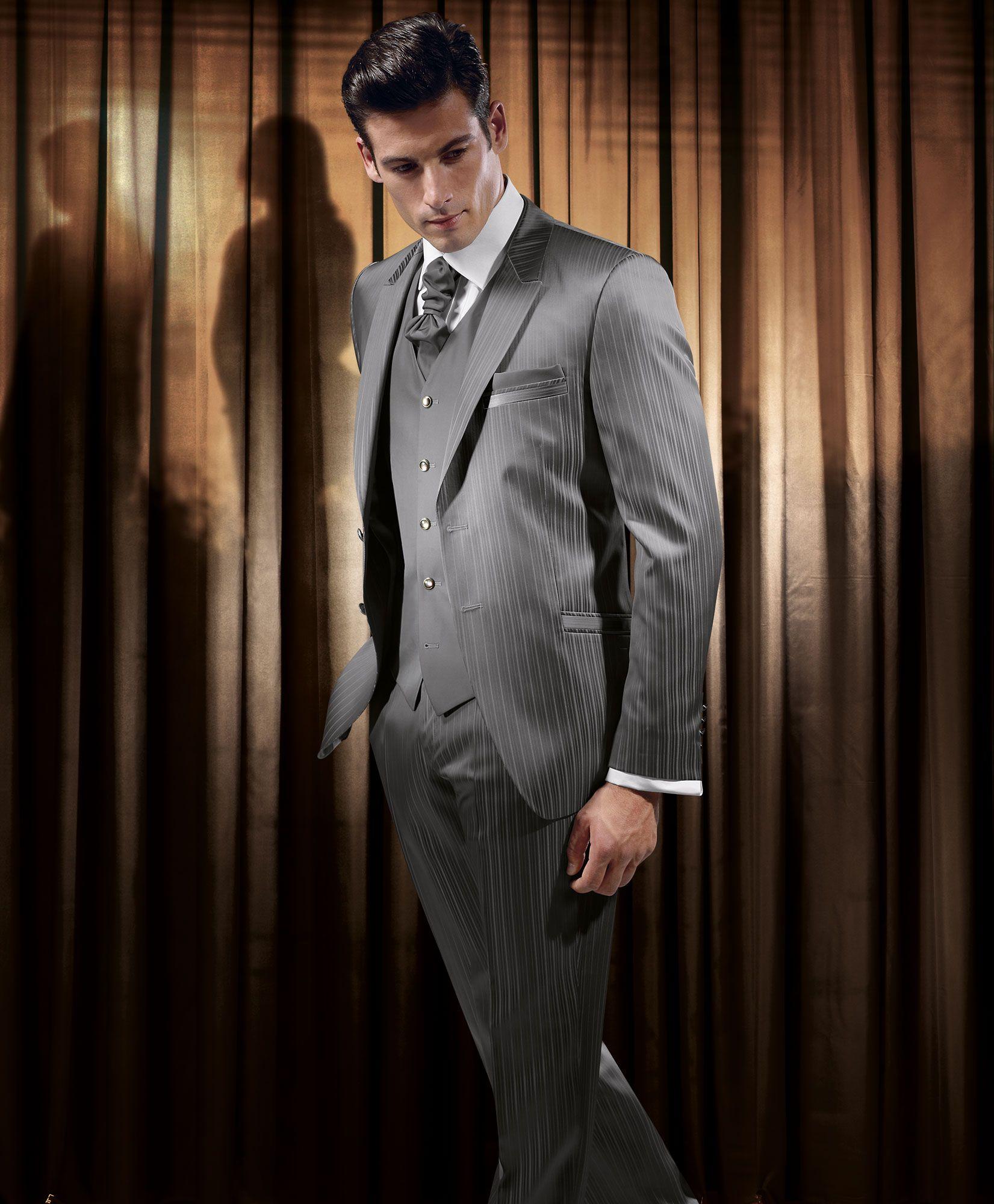Festliche kleider und anzuge