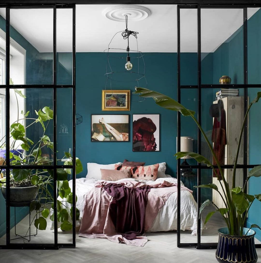 Tropical bedroom with industrial influences